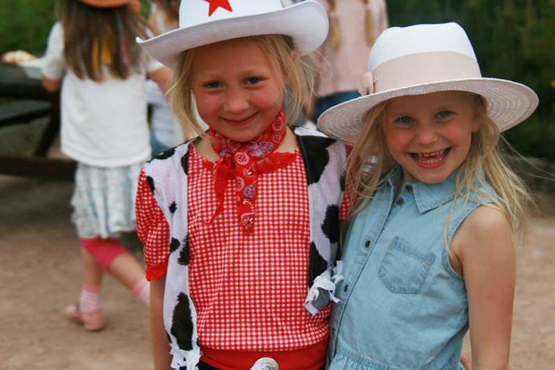 Cowboy_girls