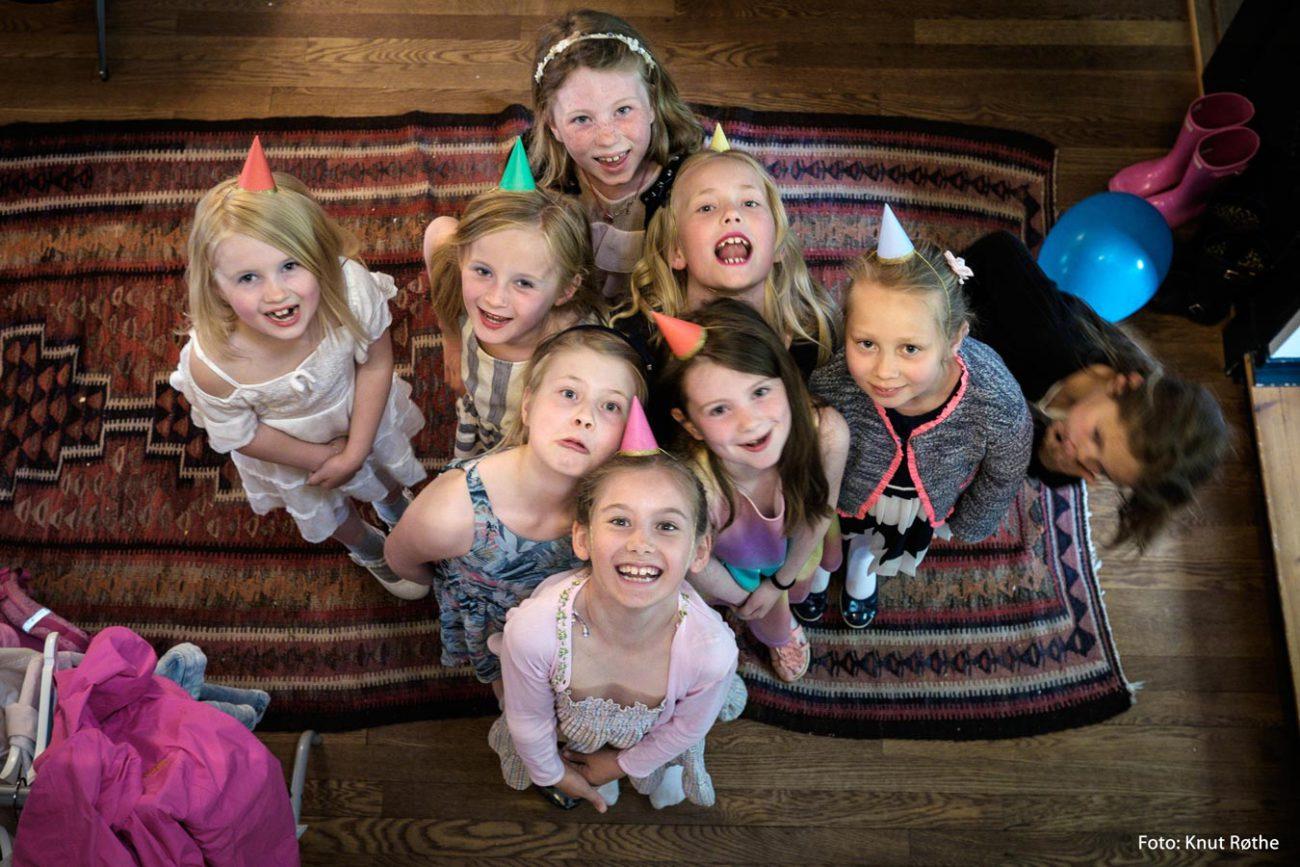 jenter på fest